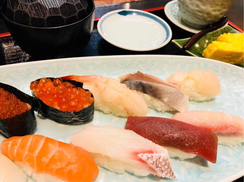 釧路グルメ 海鮮丼・お寿司
